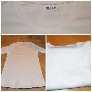 Ein wunderschönes Nachthemd von Rösch.