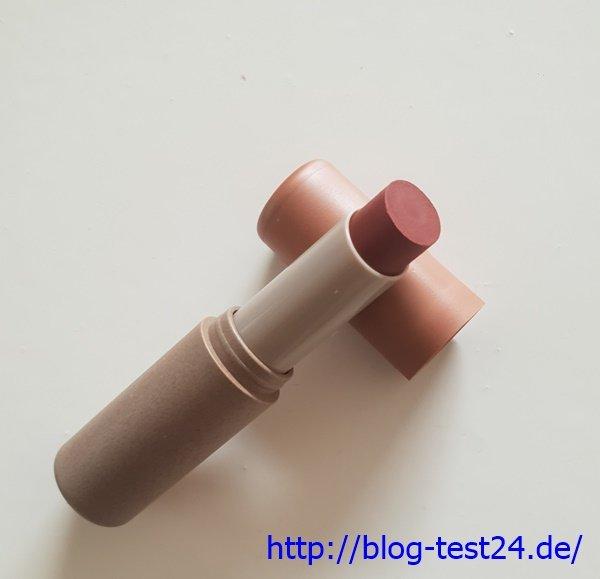 Farbige Lippenpflege